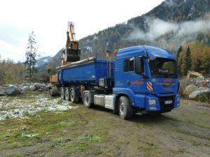 Abholung am Steinbruch - Gletscherfindlinge