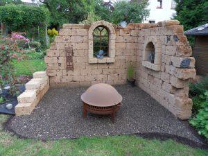 Ruinenmauer aus Tuff – Aufbauanleitung | Natursteinblog